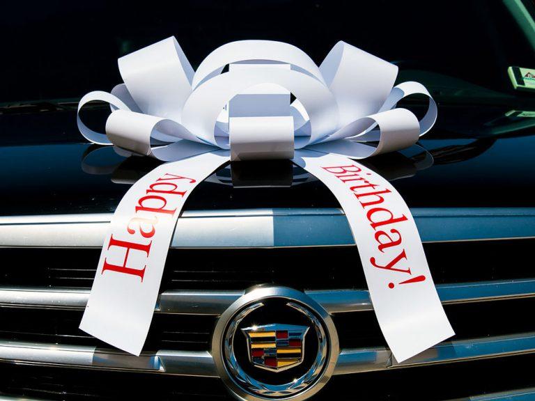 Big White Happy Birthday Car Bow, Large Happy Birthday Car Bow