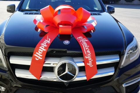 red happy anniversary car bow